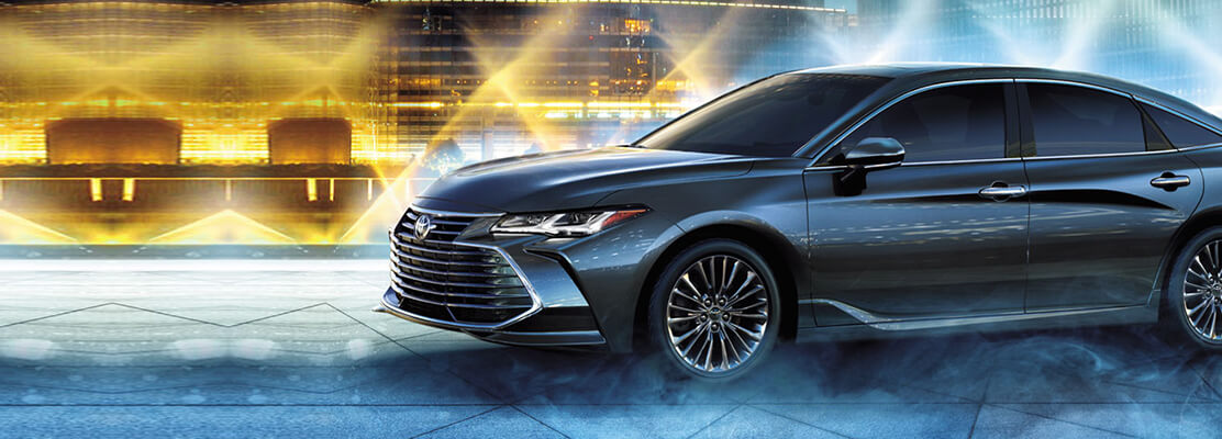 Cover Photo of  TOYOTA Avalon Limited 2019