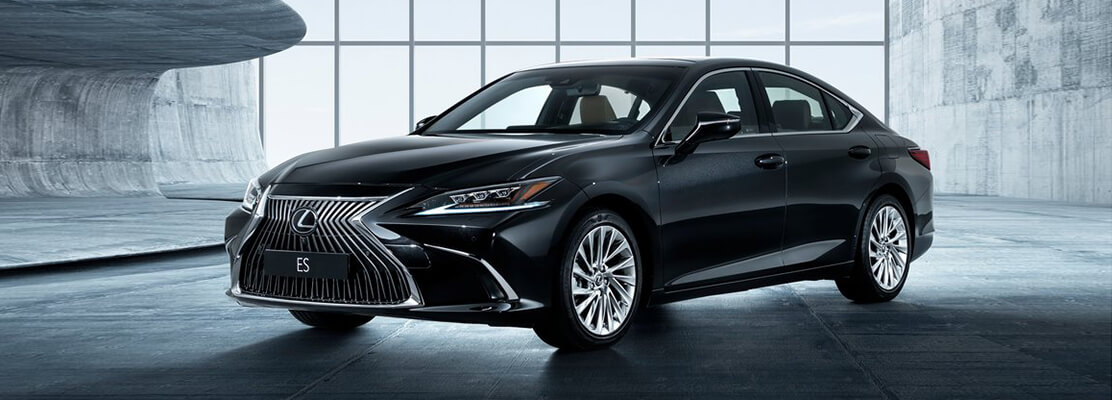 Cover Photo of  LEXUS ES350 CC 2021