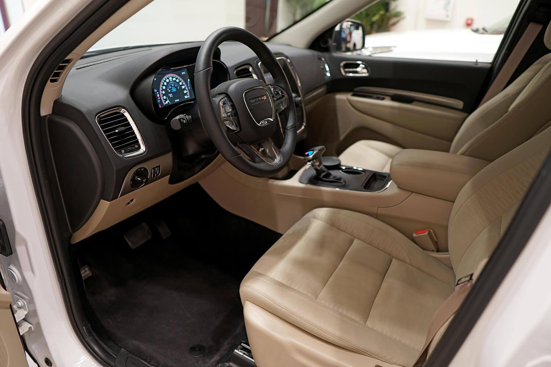 صورة داخلية للسيارة  دودج دورانجو SXT 2020