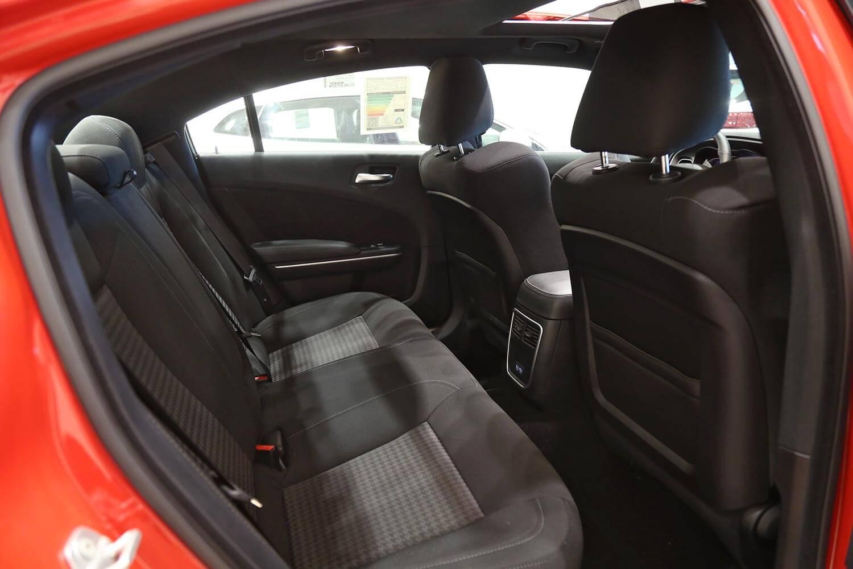صورة داخلية للسيارة  دودج تشارجر GT 2020