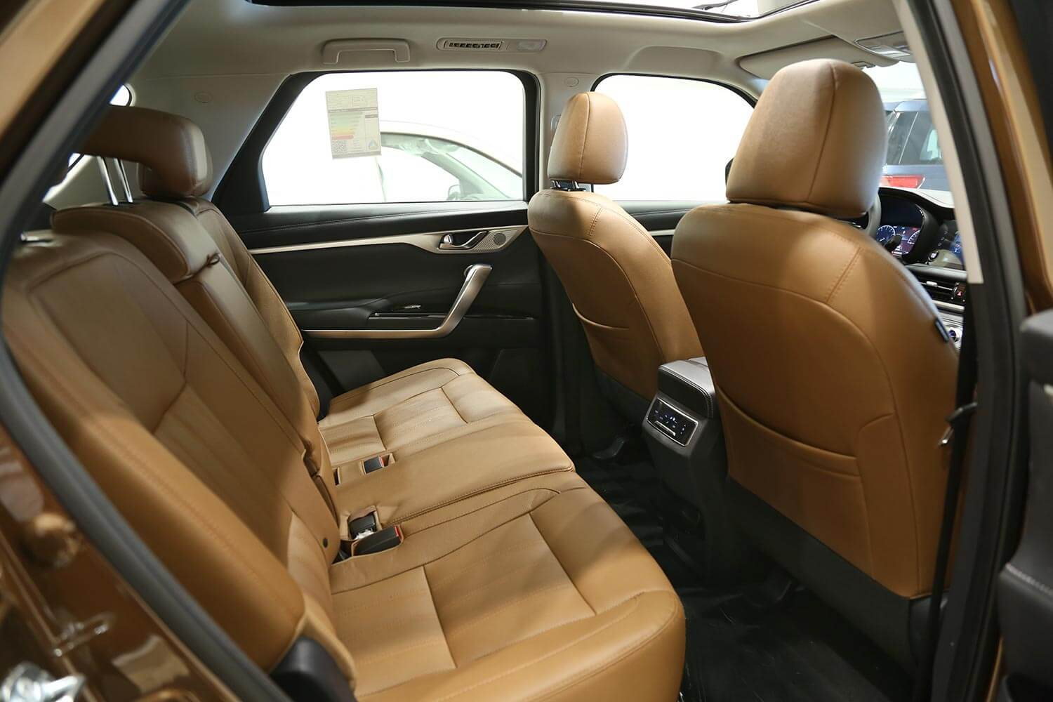 Interior Image for  CHANGAN CS95 Royal double black roof 2021
