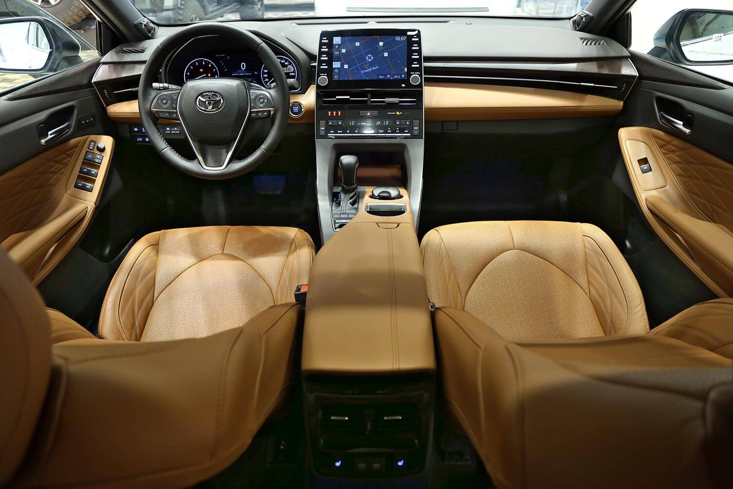 Interior Image for  TOYOTA Avalon Limited 2019