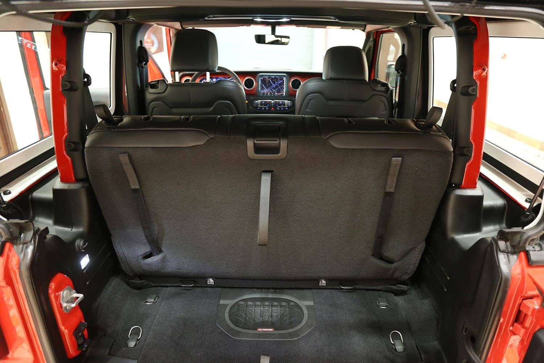 صورة داخلية للسيارة  جيب رانجلر JL-Rubicon Plus 2020