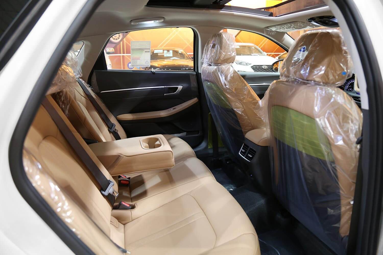 صورة داخلية للسيارة  هيونداي سوناتا Smart 2020