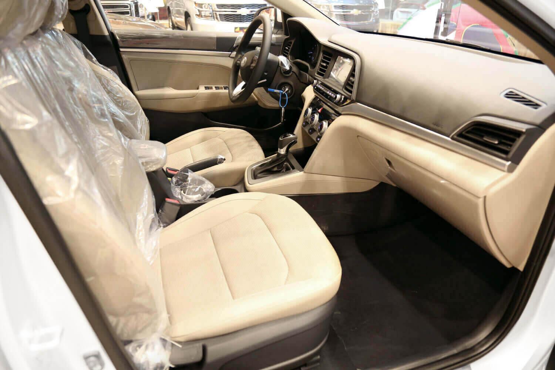 صورة داخلية للسيارة  هيونداي النترا 1.6 2020