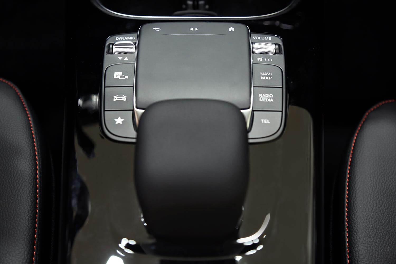 صورة داخلية للسيارة  مرسيدس بنز A 200 2020