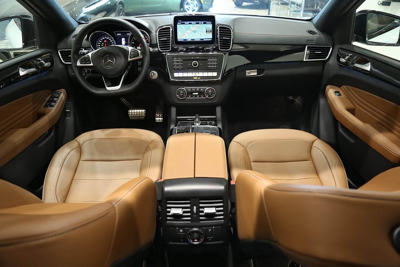 صورة داخلية للسيارة  مرسيدس بنز GLE 43 2019