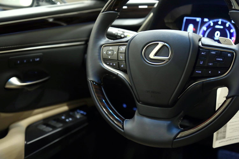 Interior Image for  LEXUS ES350 CC 2020