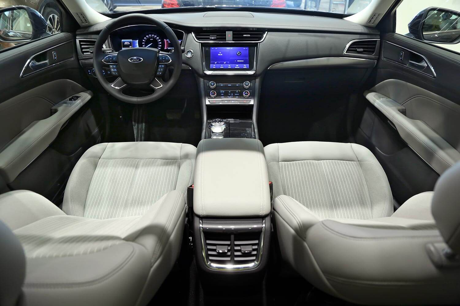 Interior Image for  FORD TAURUS Trend 2021