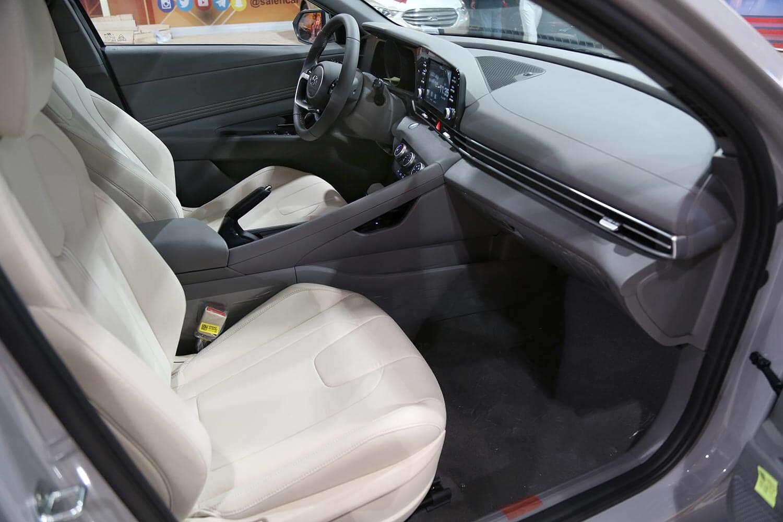 صورة داخلية للسيارة  هيونداي النترا GLS-SMART-PLUS 2021