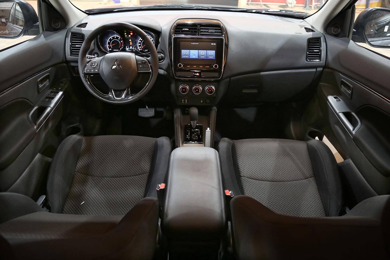 صورة داخلية للسيارة  ميتسوبيشي ايه اس اكس GLX 2020