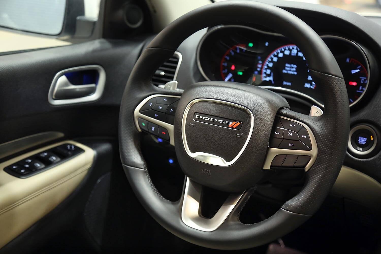 صورة داخلية للسيارة  دودج دورانجو SXT-PLUS 2020