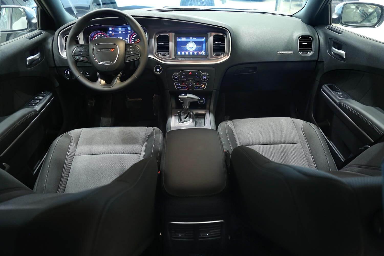 صورة داخلية للسيارة  دودج تشارجر SXT - A 2019