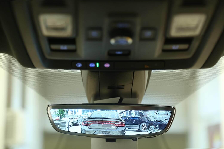 صورة داخلية للسيارة  شفروليه تاهو بريمير 2021