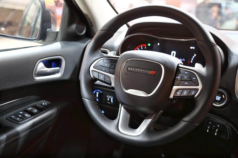 صورة داخلية للسيارة  دودج دورانجو citadel 2020