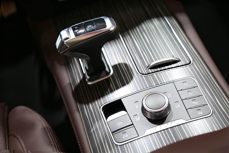 صورة داخلية للسيارة  هافال H9 ديجنتي 2021