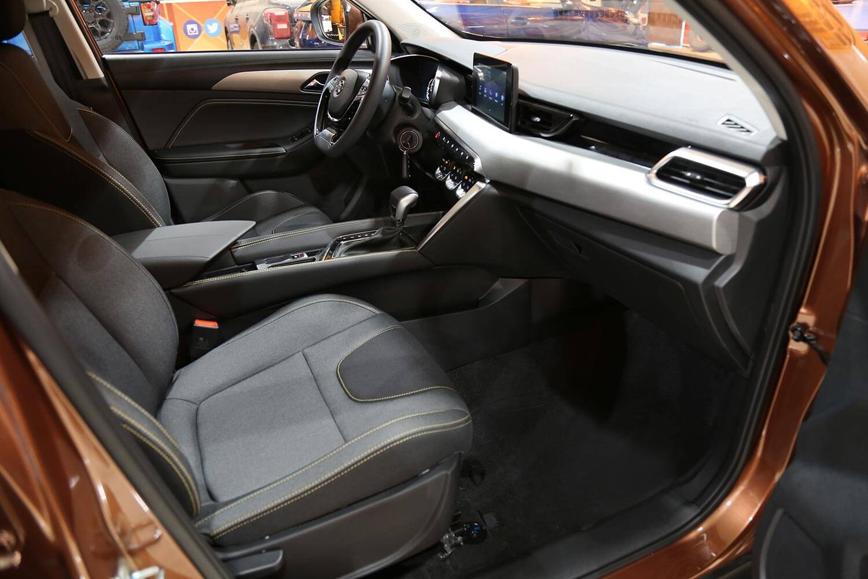 صورة داخلية للسيارة  بايك X35 ايليت 2021
