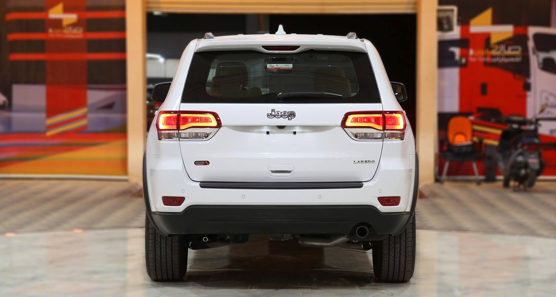 صورة خارجية للسيارة  جيب جراند شيروكي لارييدو 2020