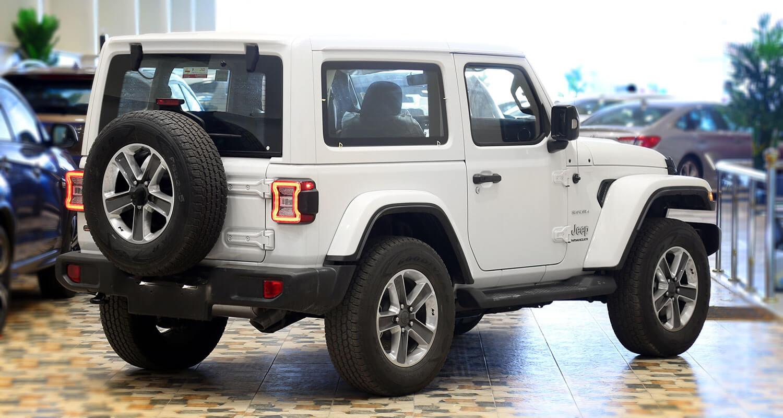 صورة خارجية للسيارة  جيب رانجلر Sahara Plus 2020