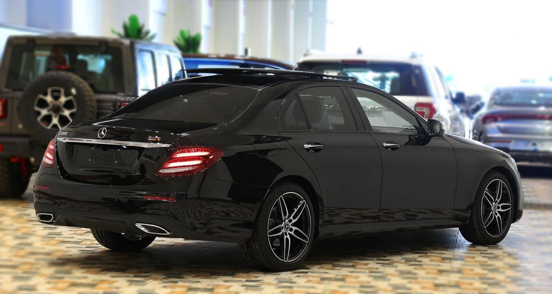 صورة خارجية للسيارة  مرسيدس بنز E 200AMG 2020