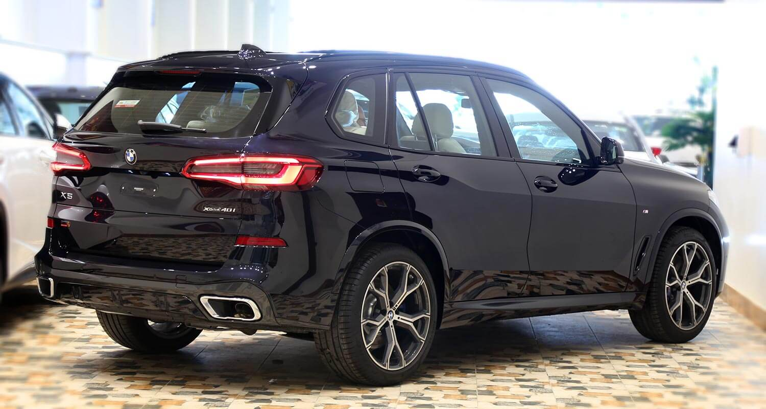 Exterior Image for  BMW X5 x-Drive40i 2019