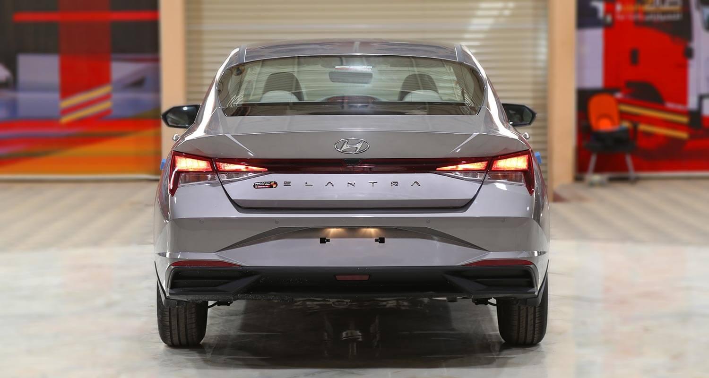 صورة خارجية للسيارة  هيونداي النترا GLS-SMART 2021