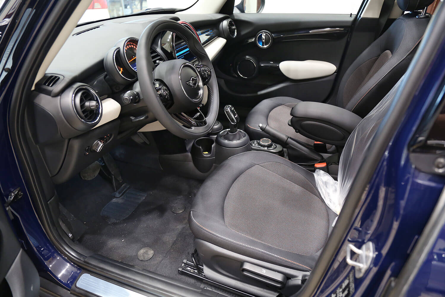 Interior Image for  MINI COOPER Mini Clubman 2019