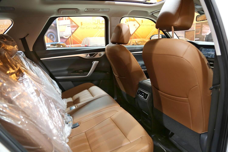 صورة داخلية للسيارة  شانجان CS95 Royal دبل 2021