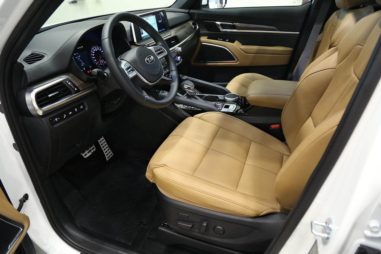 صورة داخلية للسيارة  كيا تيلورايد Full Option 2020