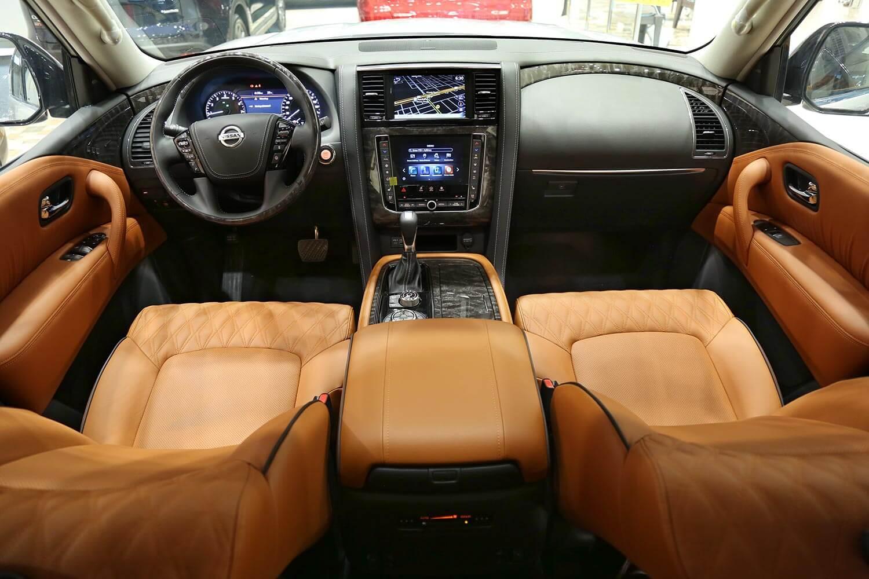 صورة داخلية للسيارة  نيسان باترول بلاتينيوم 2020
