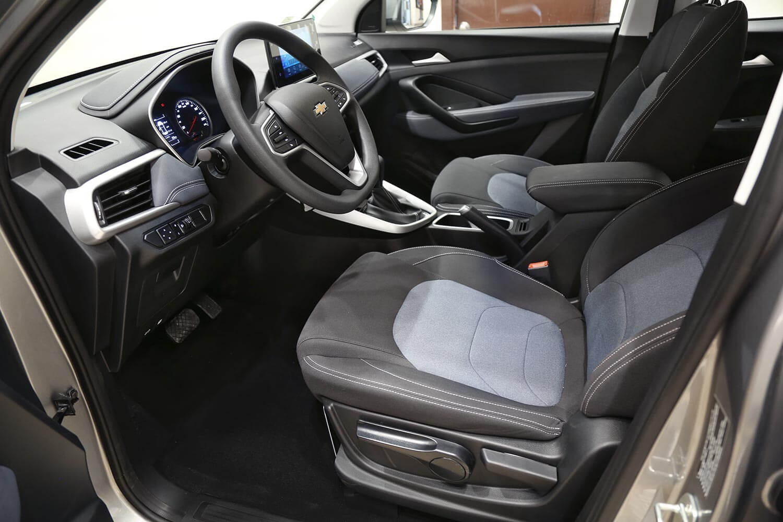 صورة داخلية للسيارة  شفروليه كابتيفا LS 2021