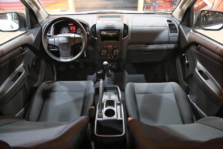 Interior Image for  ISUZU D-MAX Two lights 4*4 2020