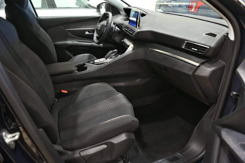 صورة داخلية للسيارة  بيجو 3008 FWD 2020