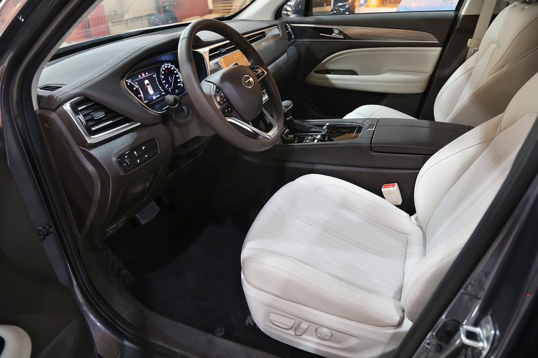 صورة داخلية للسيارة  GAC GS5 GE 2021