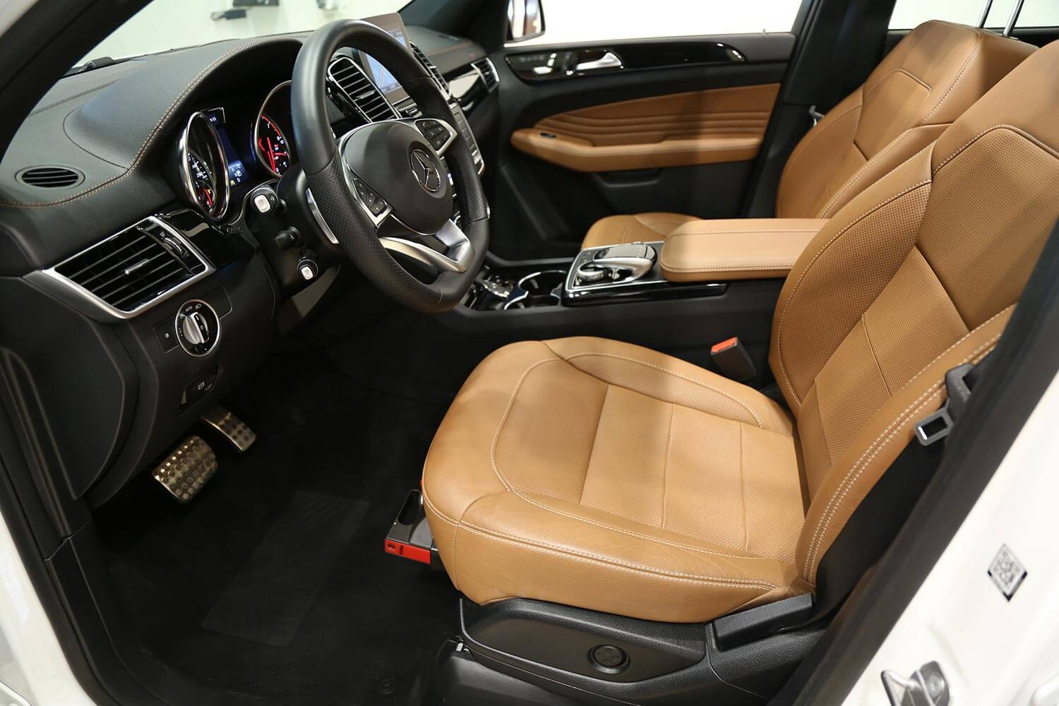 Interior Image for  MERCEDES BENZ GLE 43 2019