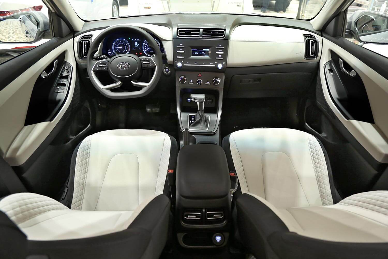 صورة داخلية للسيارة  هيونداي كريتا SMART-PLUS 2021
