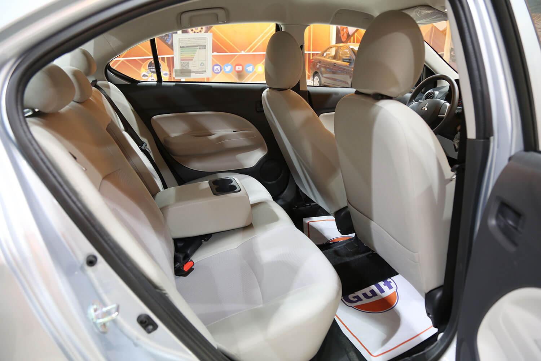 صورة داخلية للسيارة  ميتسوبيشي اتراج GLX-LL 2020