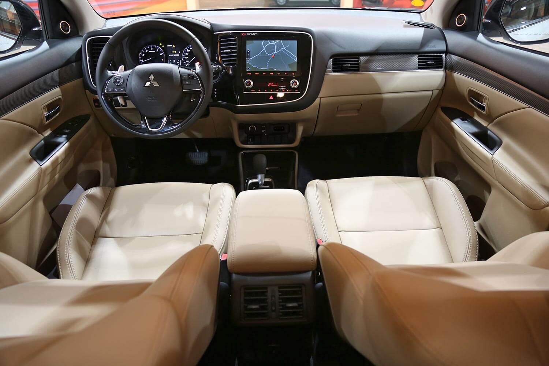 Interior Image for  MITSUBISHI Outlander GLS-HL 2020