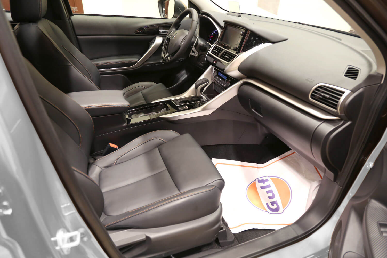 صورة داخلية للسيارة  ميتسوبيشي اكليبس كروس GLS 2020