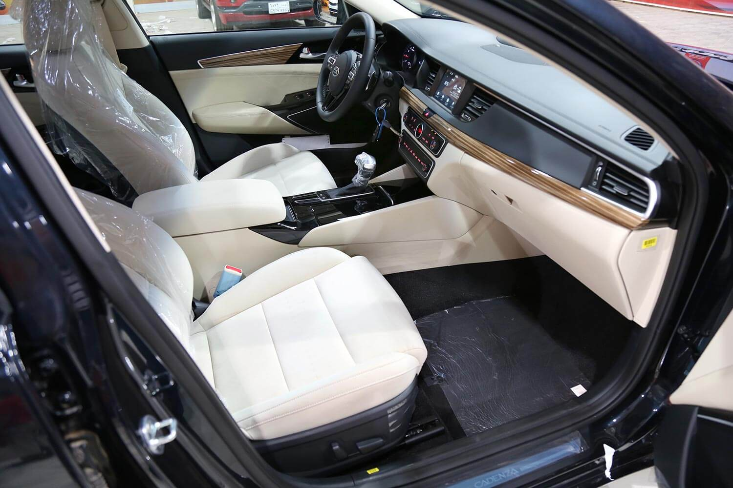 Interior Image for  KIA CADENZA LX 2020