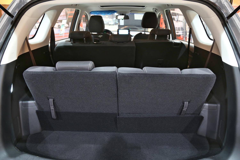 صورة داخلية للسيارة  شفروليه كابتيفا PREMIER 2021