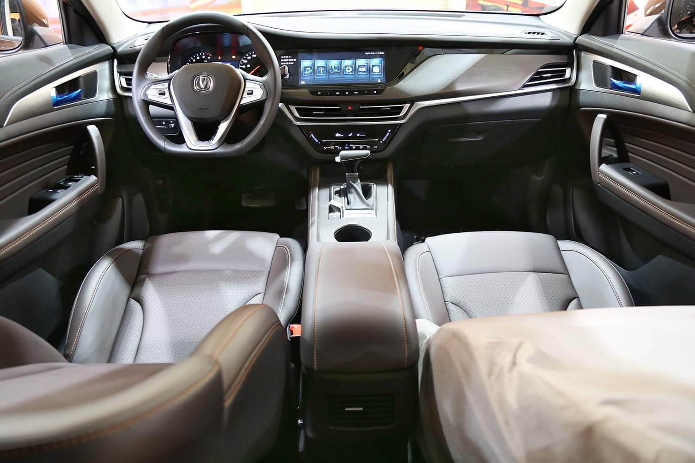 صورة داخلية للسيارة  شانجان CS35-PLUS تريند 2021