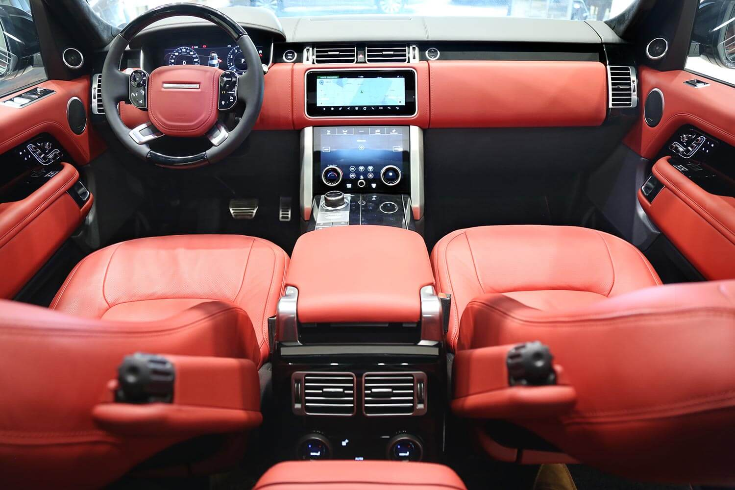 Interior Image for  RANGE ROVER AUTOBIOGRAPHY Black Edition 2020