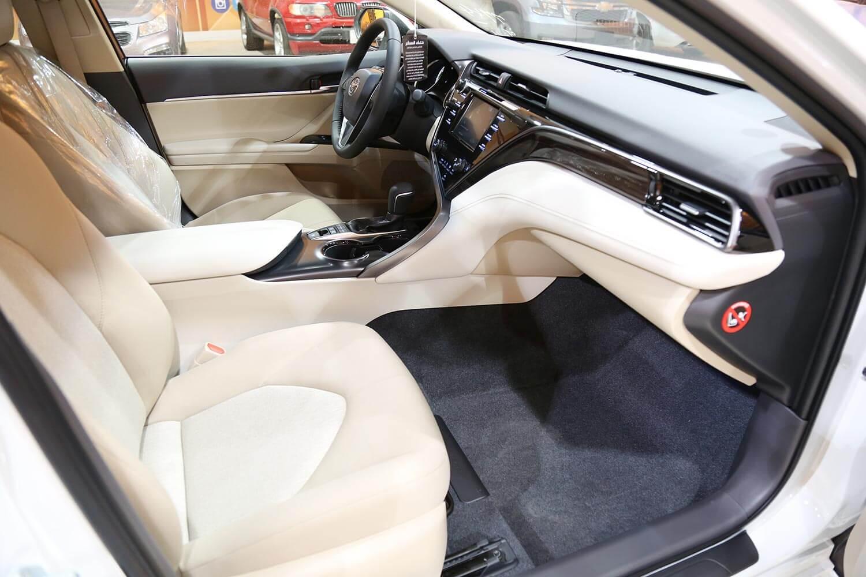 Interior Image for  TOYOTA CAMRY GLE-Hybrid 2020