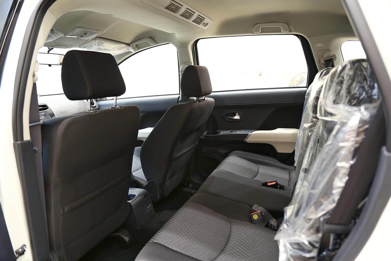 صورة داخلية للسيارة  تويوتا راش G 2021