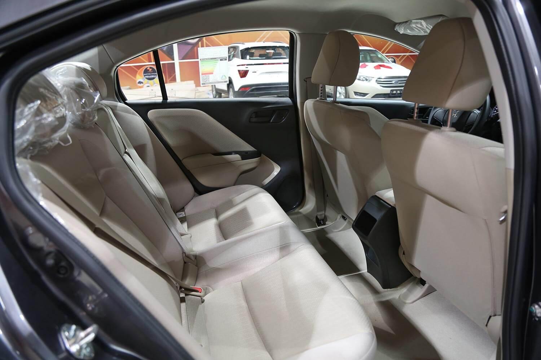صورة داخلية للسيارة  هوندا سيتي DX 2020