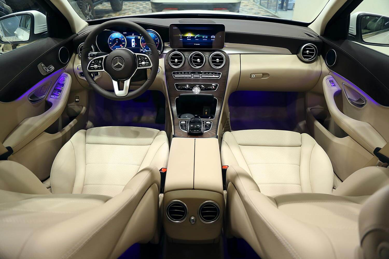 Interior Image for  MERCEDES BENZ C 200 2020