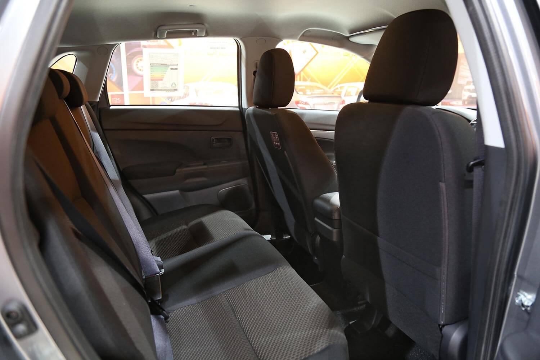صورة داخلية للسيارة  ميتسوبيشي ايه اس اكس GLX 2021