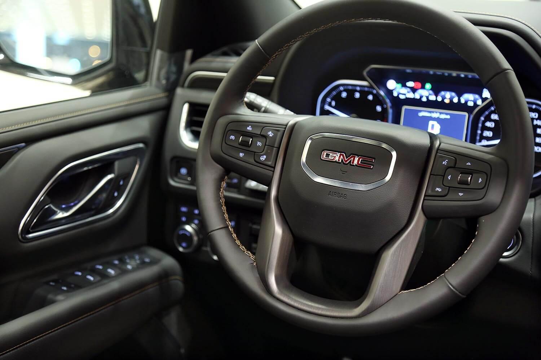 صورة داخلية للسيارة  جي ام سي يوكون AT4 2021