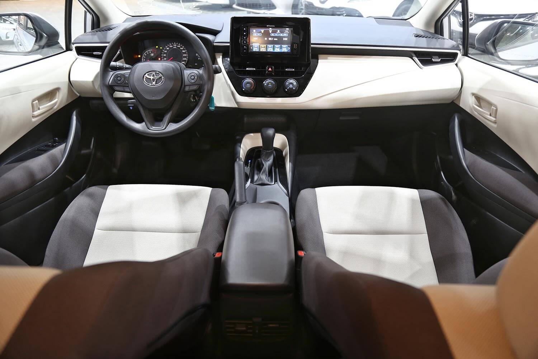 صورة داخلية للسيارة  تويوتا كورولا XLI-Moonroof 2021